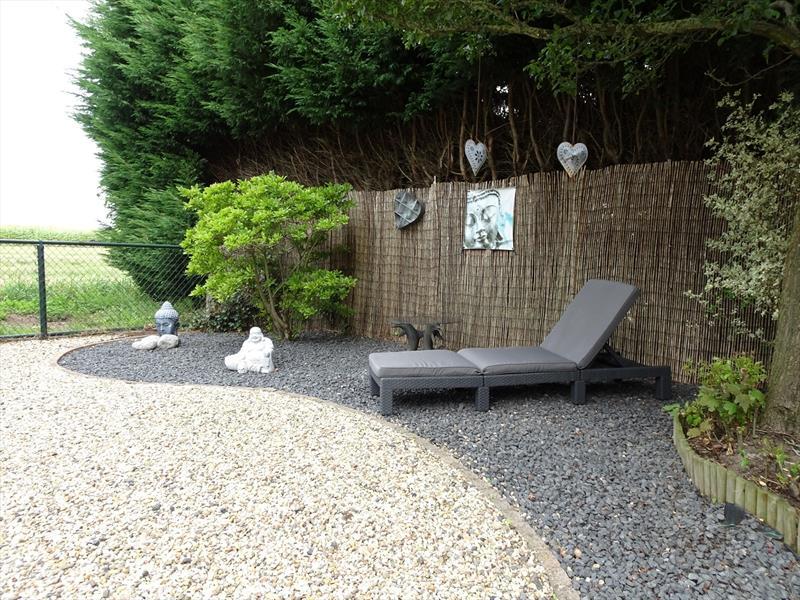 Vakantiehuis te koop in Maasbomel tuin