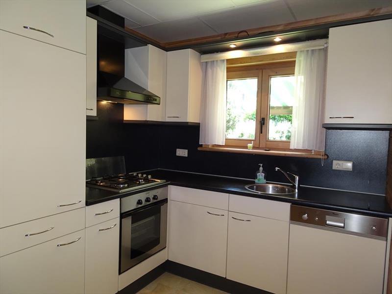 Vakantiehuis te koop Limburg Meijel Steenoven 12 K139 Bungalowpark Stille Wille Keuken