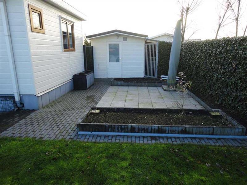 Vakantiehuis te koop Brabant Molenschot R.Kerkweg 7 K44  Park De Brabantse Weelde  Tuin en terras 1