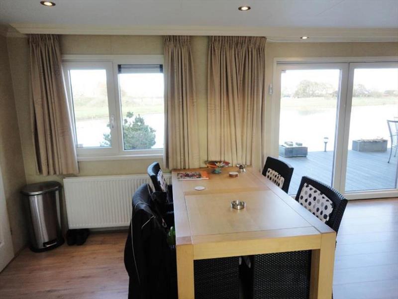 Vakantiehuis te koop Brabant Molenschot R.Kerkweg 7 K44  Park De Brabantse Weelde  Woonkamer