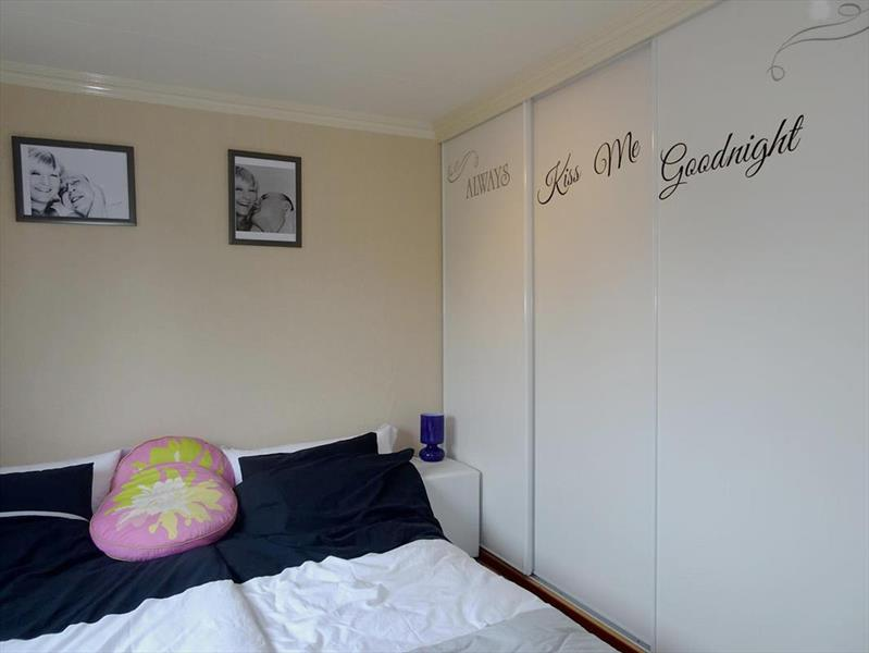 Vakantiehuis te koop Noord Holland Droompark Molengroet Slaapkamer 1