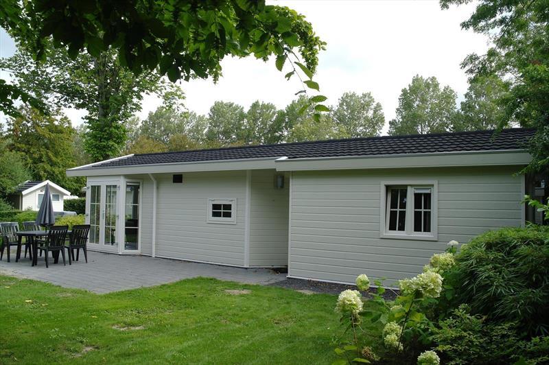 Vakantiehuis te koop Noord-Holland Noord-Scharwoude Molengroet 1 D754 Recreatiepark Molengroet