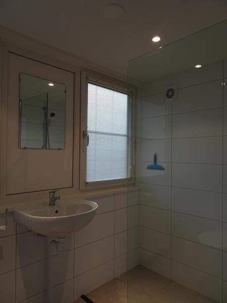 Vakantiehuis te koop Gelderland Otterlo Vijverlaan 1 K5 Droompark De Zanding Badkamer verdieping