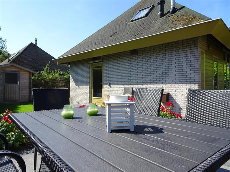 Vakantiehuis te koop Zuid-Holland Ouddorp Dijkstelweg 59                           Zij-aangezicht