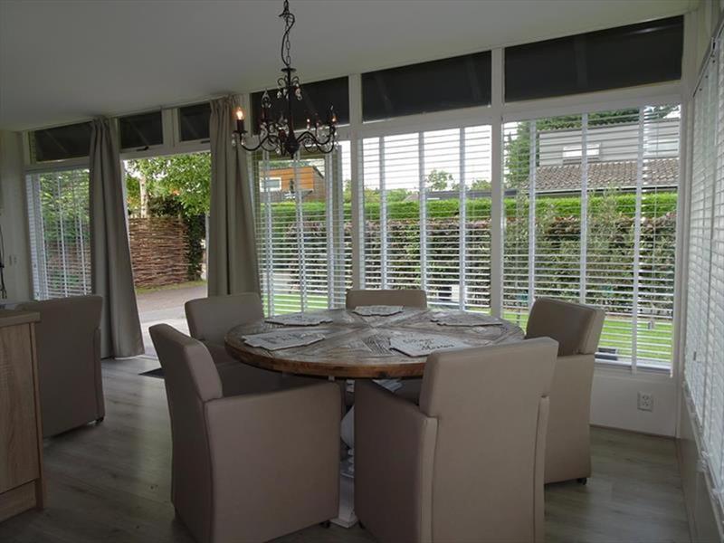 Vakantiehuis te koop Zuid-Holland Ouddorp Dijkstelweg 59                              Woonkamer