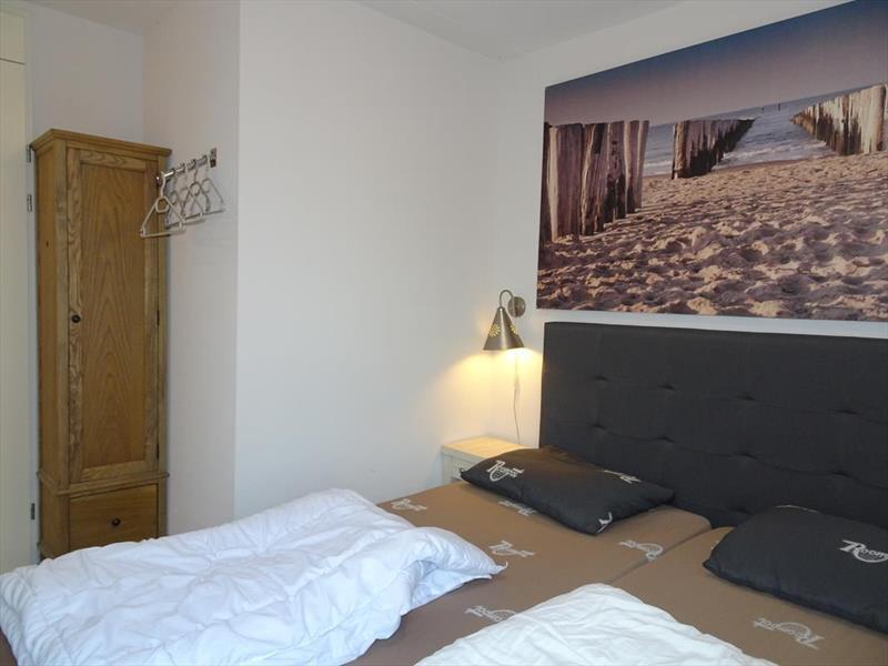 Vakantiehuis te koop Z.Holland Ouddorp Oude Nieuwlandseweg 11 Helmduyn 6 Roompot Strandpark Duynhille Slaapkamer 2