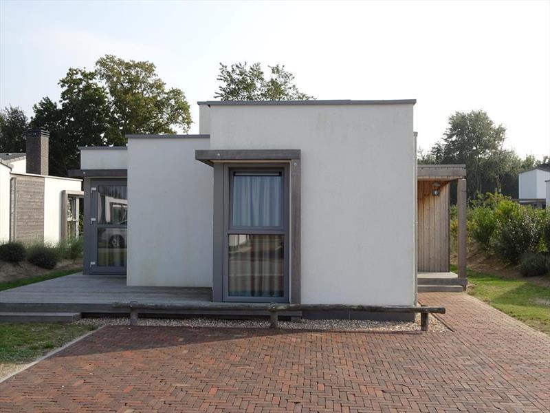 Vakantiehuis te koop Z.Holland Ouddorp Oude Nieuwlandseweg 11 Helmduyn 6 Roompot Strandpark Duynhille Parkeerplaats