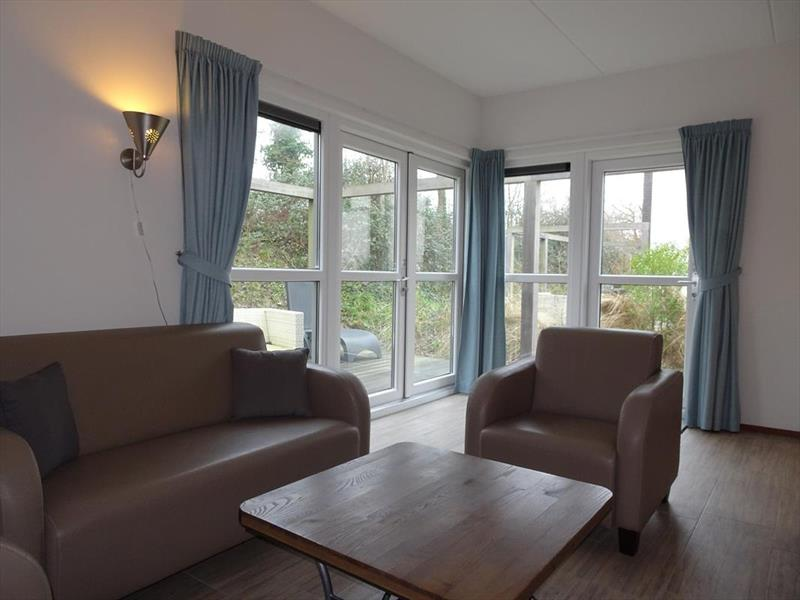 Vakantiehuis te koop Z.Holland Ouddorp Oude Nieuwlandseweg 11 Helmduyn 6 Roompot Strandpark Duynhille Woonkamer