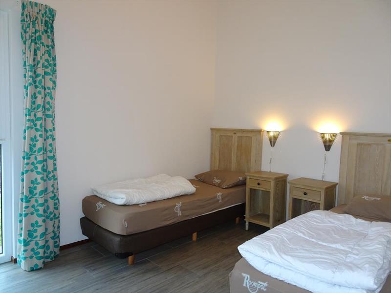 Vakantiehuis te koop Zuid Holland Ouddorp Oosterduin 9 Roompot Strandpark Duynhille  Slaapkamer 2