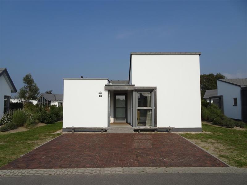Vakantiehuis te koop Zuid Holland Ouddorp Oosterduin 9 Roompot Strandpark Duynhille  Parkeerplaats