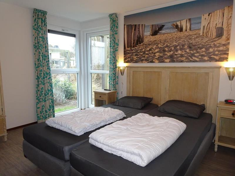 Vakantiehuis te koop Z.Holland Ouddorp Vloedburgh 6 Roompot Strandpark Duynhille  Slaapkamer 1