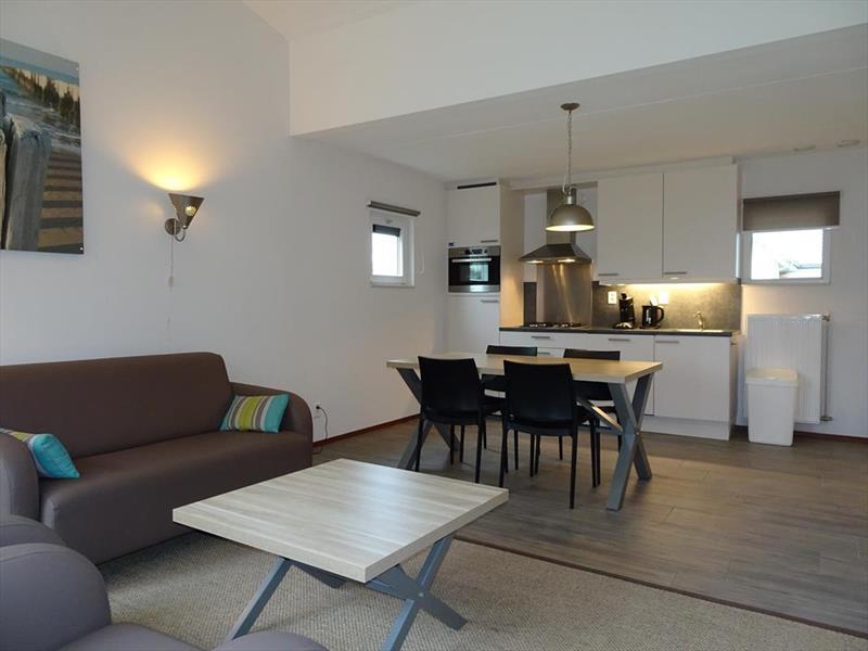 Vakantiehuis te koop Z.Holland Ouddorp Vloedburgh 6 Roompot Strandpark Duynhille  Woonkamer en keuken