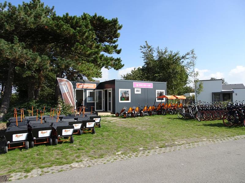 Vakantiehuis te koop Zuid Holland Ouddorp Westerduin 32 Roompot Strandpark Duynhille  Op het park