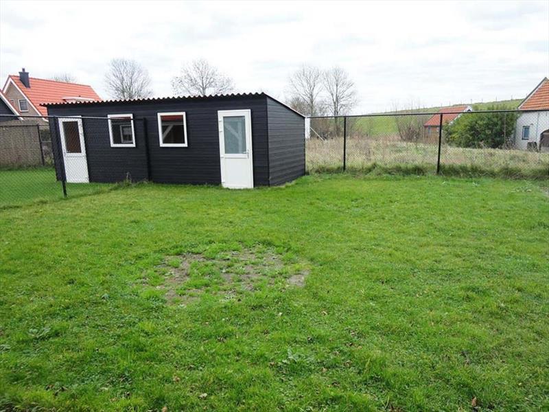 Vakantiehuis te koop Zeeland Poortvliet Havenweg 19  Tuin en berging