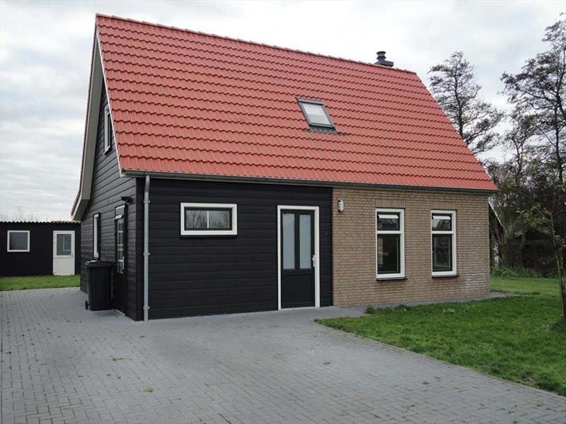 Vakantiehuis te koop Zeeland Poortvliet Havenweg 19  Parkeerplaats