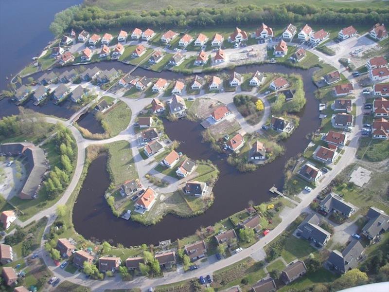 Vakantiehuis te koop Limburg Sevenum Domein De Schatberg Luchtfoto van het park
