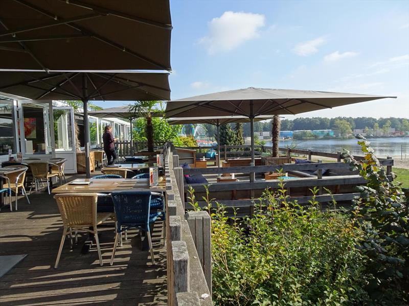 Vakantiehuis te koop Limburg Sevenum Domein De Schatberg Op het park