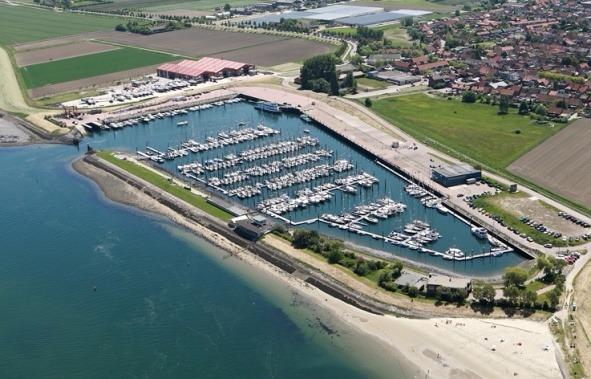 Luchtfoto haven Sint Annaland