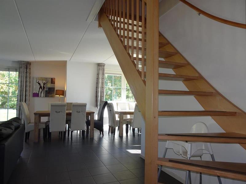Vakantiehuis te koop Limburg Susteren Hommelweg 2 R800 Park Resort Limburg Trap naar de verdieping