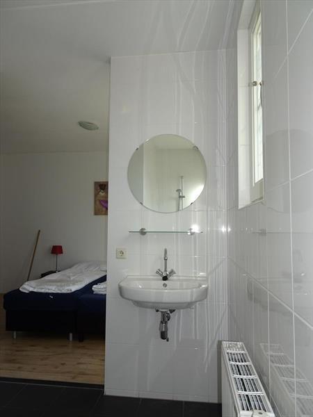 Vakantiehuis te koop Limburg Susteren Hommelweg 2 K801 12 pers. Park Resort Limburg Badkamer 1 begane grond