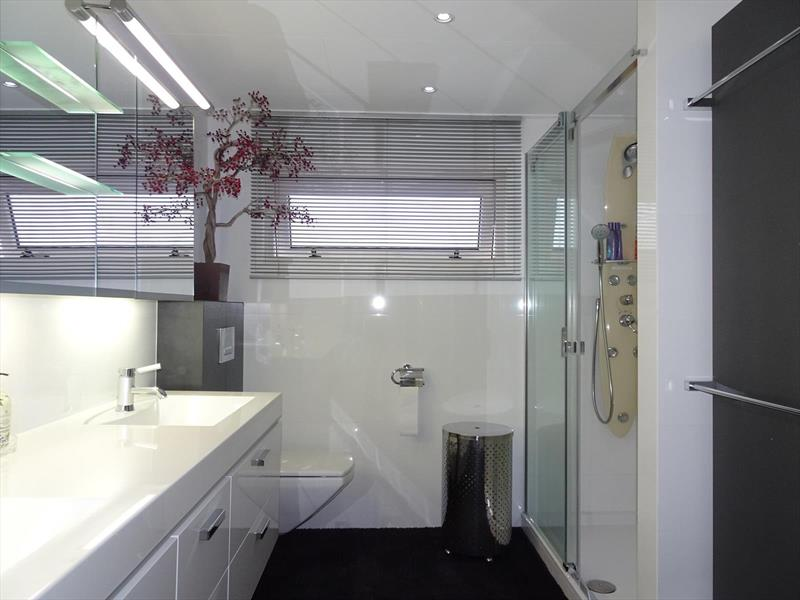 Vakantiehuis te koop Limburg Susteren Hommelweg 2 K121 Badkamer