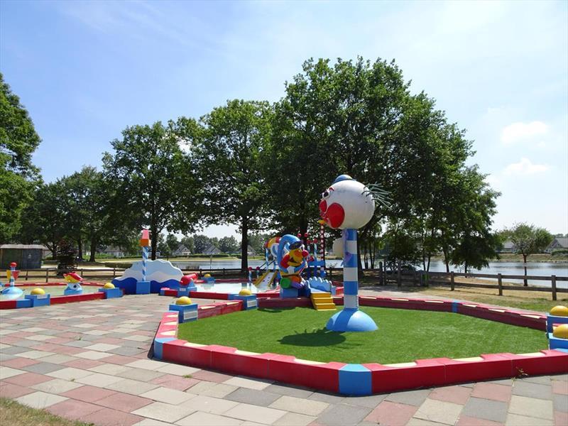 Vakantiehuis te koop Limburg Susteren Hommelweg 2 K121 Op het park