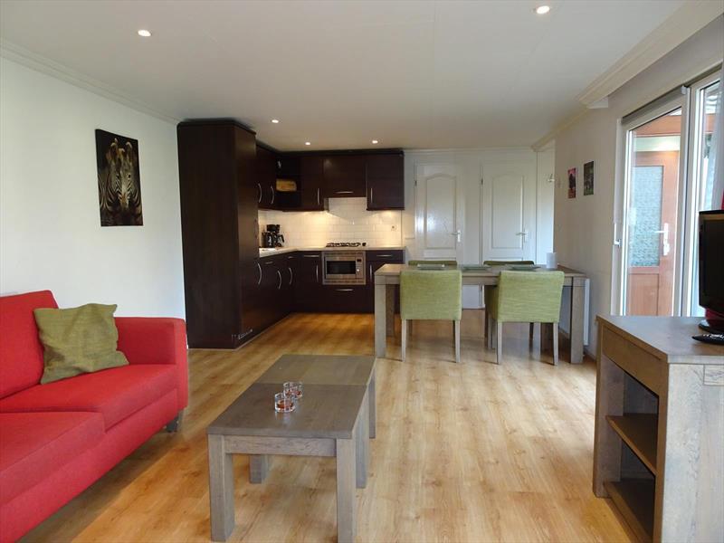 Vakantiehuis te koop Limburg Susteren Hommelweg 2 K192 Woonkamer en keuken