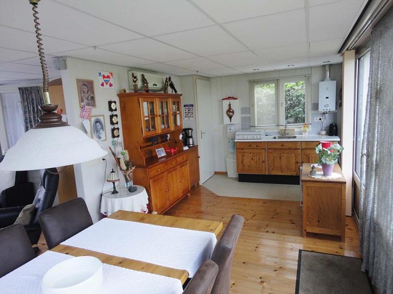 https://www.lxryproperty.nl/fotos/vakantiehuistekoop-Veen-05379784_10.jpg