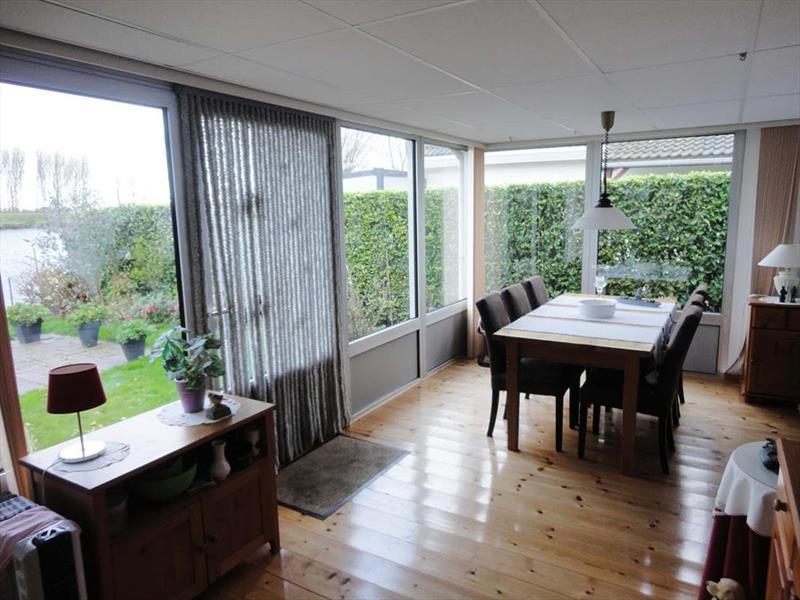 https://www.lxryproperty.nl/fotos/vakantiehuistekoop-Veen-05379784_8.jpg