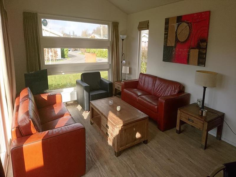 Vakantiehuis te koop N.Holland Velsen Zuid Buitenhuizerweg 2 K263 Droompark Buitenhuizen  Woonkamer