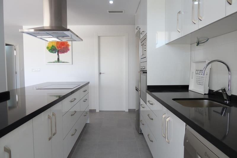 Appartement te koop Costa Blanca Spanje keuken.