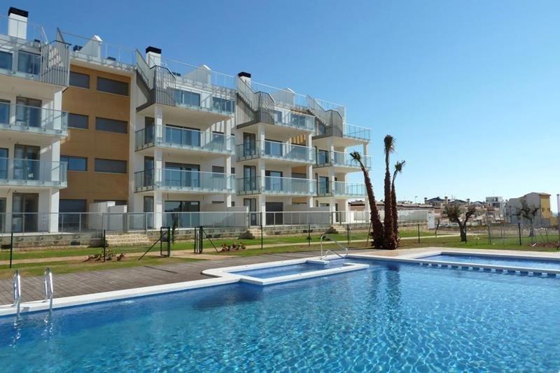 Appartement te koop Costa Blanca Villamartin gevel.