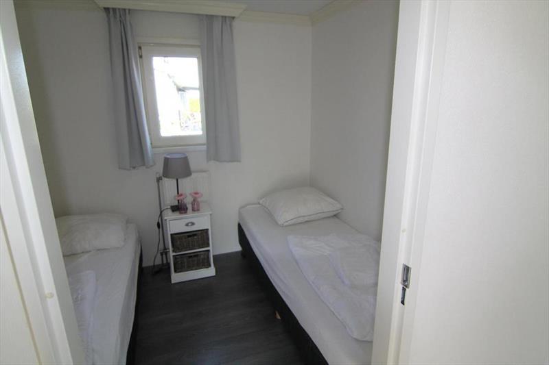 Vakantiehuis te koop N.Holland West Graftdijk K415 Park De Rijp Slaapkamer 2