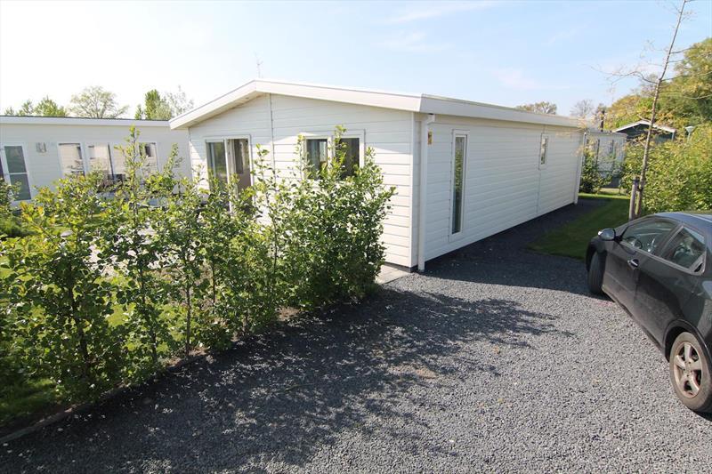 Vakantiehuis te koop N.Holland West Graftdijk K415 Park De Rijp Parkeerplaats