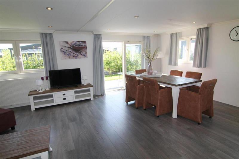 Vakantiehuis te koop N.Holland West Graftdijk K415 Park De Rijp Woonkamer