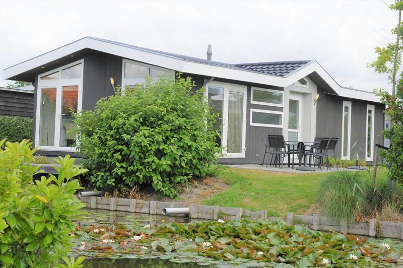 Vakantiehuis te koop Noord-Holland  West-Graftdijk Burg.Dalenbergstr.48 K509 Park De Rijp Tuin