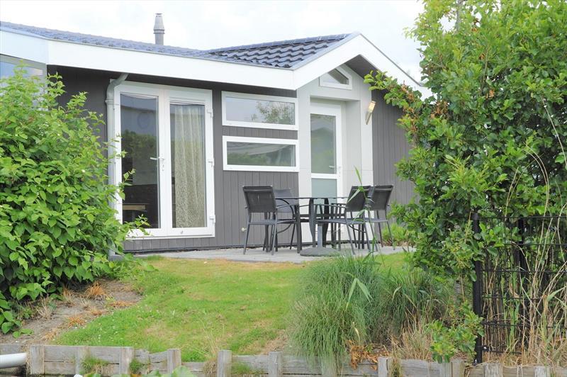 Vakantiehuis te koop Noord-Holland  West-Graftdijk Burg.Dalenbergstr.48 K509 Park De Rijp Parkeerplaats
