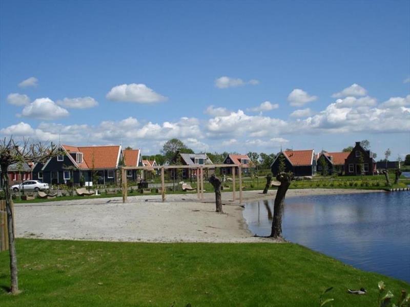 Vakantiehuis te koop Noord-Holland  West-Graftdijk Burg.Dalenbergstr.48 K509 Park De Rijp Op het park