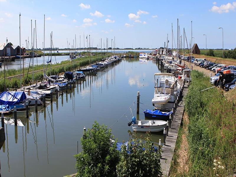 Vakantiehuis te koop N.Holland Verbindingsweg 115 Westerland Amstelmeer Watersportver.