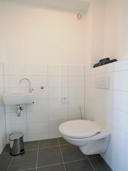 Vakantiehuis te koop N.Holland Wieringerwerf park den Oever Toilet